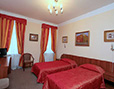 Spacious double bed semi-luxury room