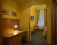 Double bed semi-luxury room (version 2) Rest area and an office with a cloak room are separated